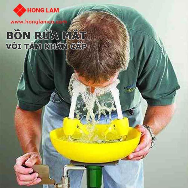 Thiết bị rửa khẩn cấp đảm bảo quyền và lợi ích cho người lao động